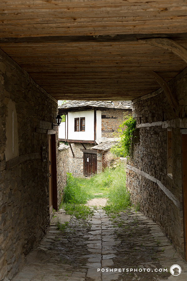 stone alley way in Bulgaria