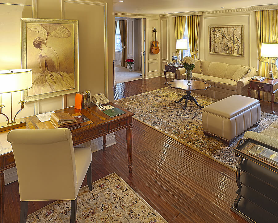 suite at the Windsor Arms Hotel